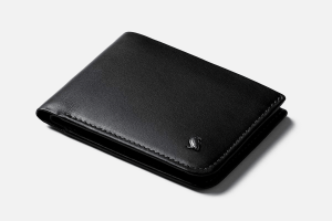 Best Bifold: Bellroy Hide & Seek Slim Leather Credit Card Holder Wallet