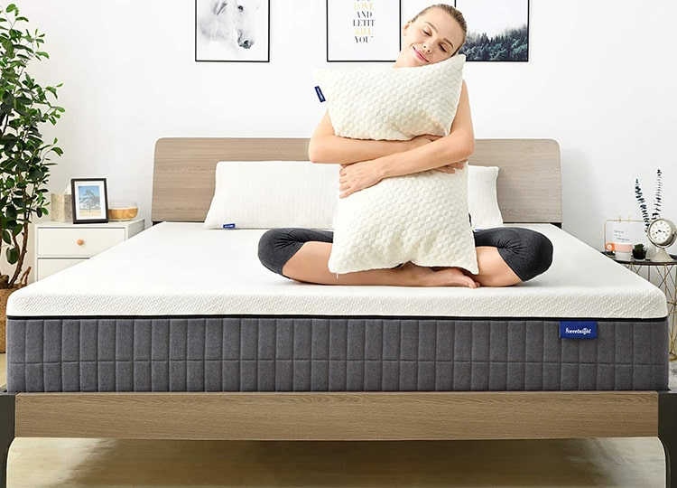 "Best for Abdominal Sleeper Sweetnight 12"" Queen Mattress for Cool Sleep & Motion Isolation"