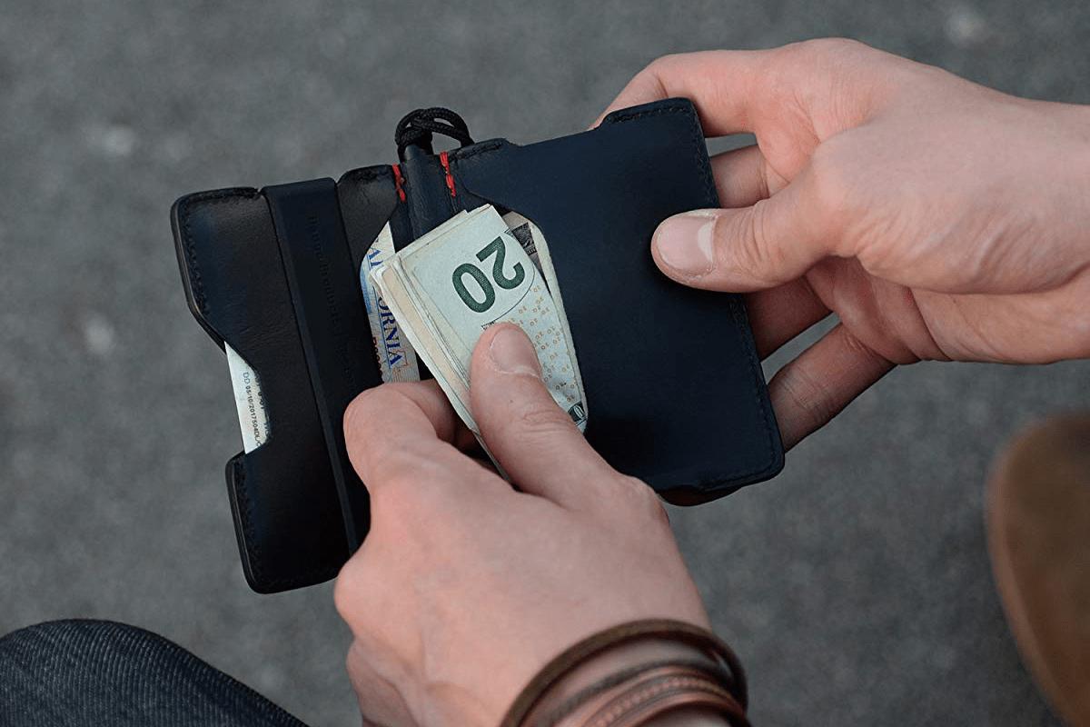 Best EDC: Dango T01 Pioneer Minimalist Wallet