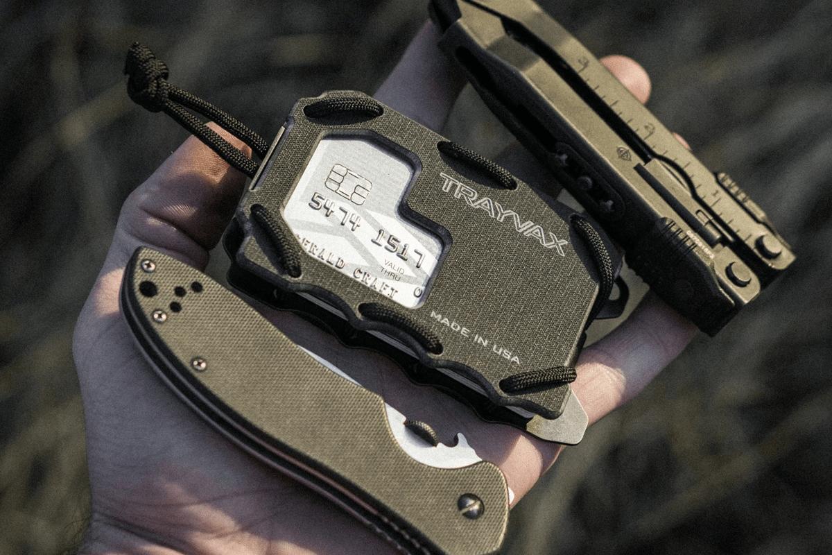 Best Metal: Trayvax Original 2.0 Metal Minimalist Wallet