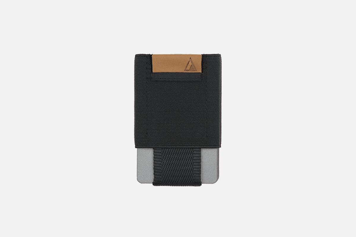 Best Small: NOMATIC Men's Minimalist Wallet